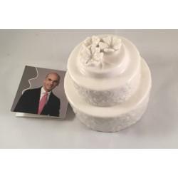 Scatolina porcellana bianca a forma di torta con fiori applicati - grande