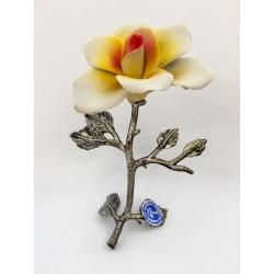 Rosa gialla ceramica e metallo